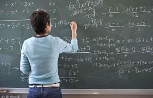 未来人工智能时代,学生是否不再需要老师?